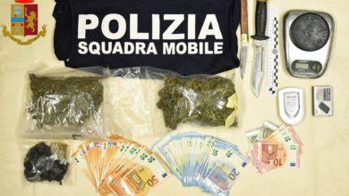 Photo of Arrestato dalla Polizia di Stato pluripregiudicato per detenzione di 300 grammi di sostanza stupefacente del tipo hashish e marijuana