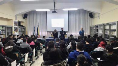 Photo of L'Arma dei Carabinieri incontra gli studenti dell'IPS Federico II di Enna