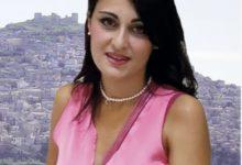 Photo of Agira: Cristina Valenti si candida a sindaco con una lista civica