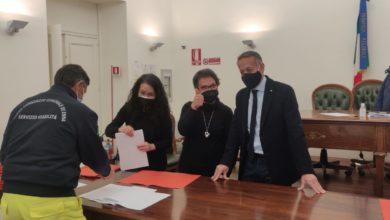 """Photo of Gli 89 ex precari firmano i contratti. Di Fazio """" Una bella giornata per l'Ente"""""""