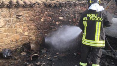 Photo of Scoppia una bombola ad Agira. Intervengono i vigili del fuoco